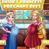 Barbie és Elsa babát vár